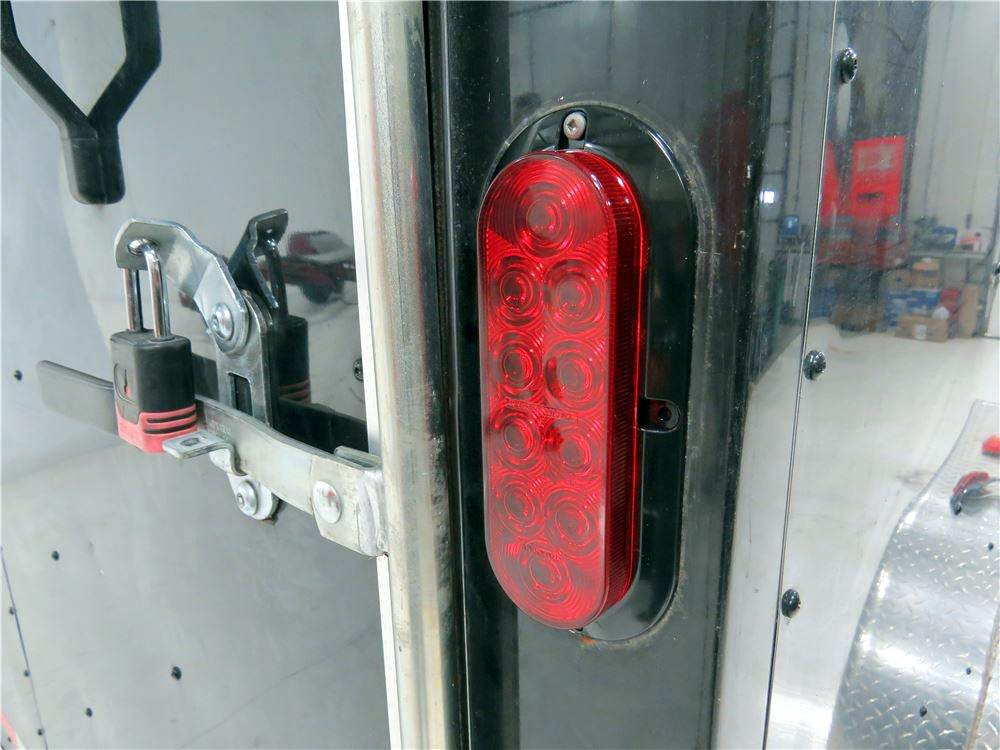 Pro Led 6 Oval Surface Mounted Led Stop Tail Turn Light